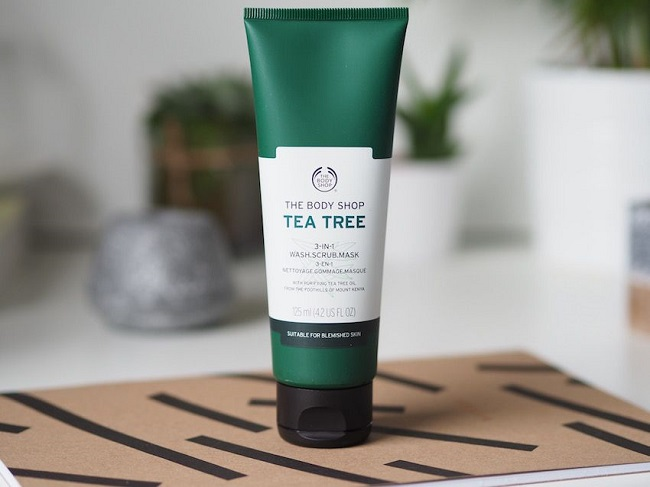 the body shop tea tree 3 in scrub